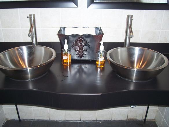 Bathroom in Tupelo, Mississippi