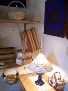 Amish crafts