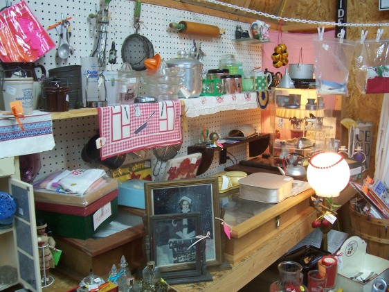 Ponderosa Tree Farm Antiques